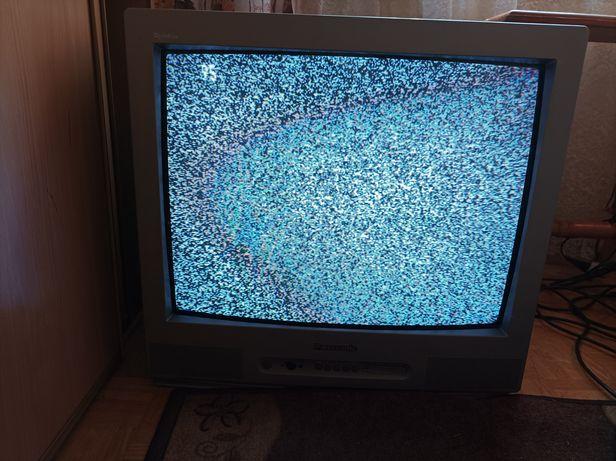 Stary telewizor Philips