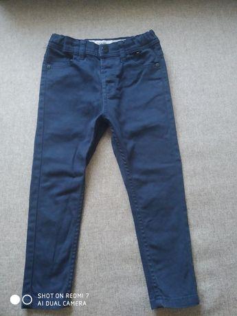 Рубашка и штаны на мальчика 4-5 лет.