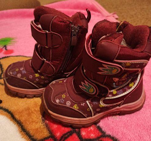 Продам зимові термо ботинки!