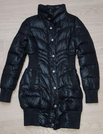 Фирменное зимнее пальто BENETTON.