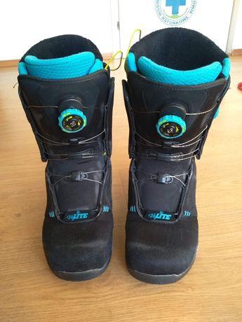 Buty snowboardowe FLOW hylite (rozmiar 42) dla wymagajacych.