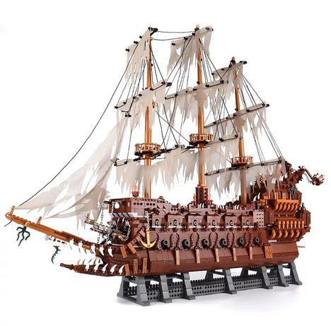 Klocki Lepin Piraci z Karaibów Statek Latający Holender 3652 klocków