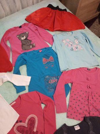 Bluzeczki bluzki getry rozmiar 122 128 dla dziewczynki megapaka ubran