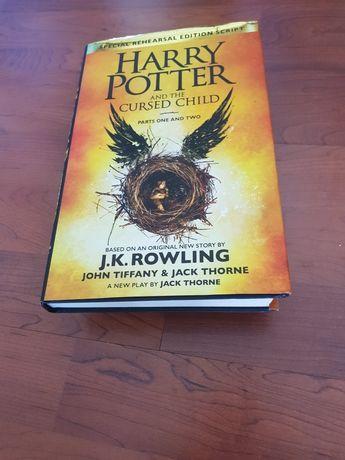 Livro Inglês como novo, Harry Potter and the Cursed Child