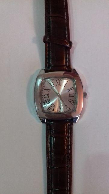 Nowy zegarek męski Presley Avon