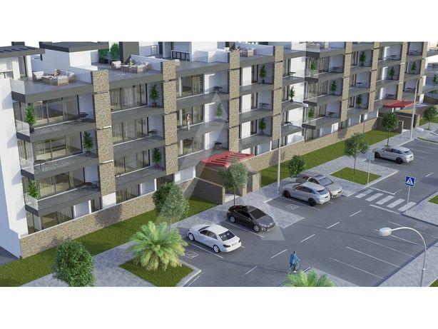 Apartamento de tipologia T2 em novo empreendimento com vi...