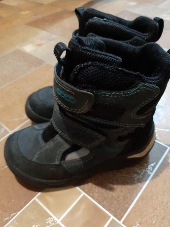 Продам зимние ботинки, сапоги Ecco