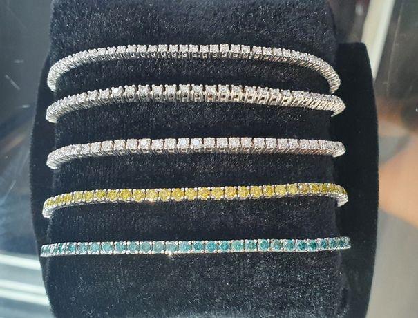 Золотой теннисный браслет с бриллиантами