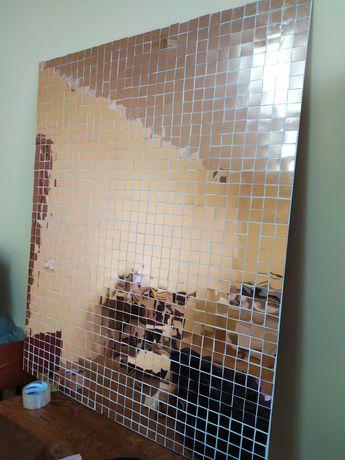 Стіна із паєтки, дзеркальний пластик.