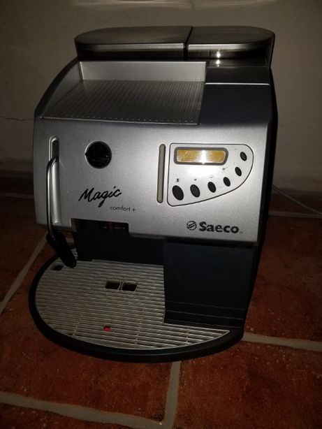 Продам кофеварку Saeco Magic по запчастинах.