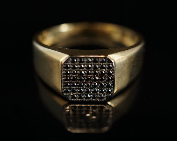 Złoto 585 - NOWY złoty pierścionek, sygnet z cyrkoniami.