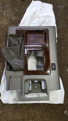 Nissan Patrol Y61 2001rok panel środkowy