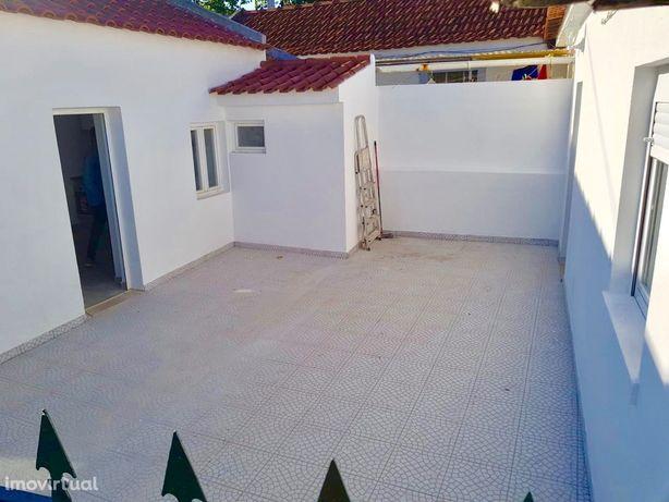 Casa Alvide Centro T1 com Terraço