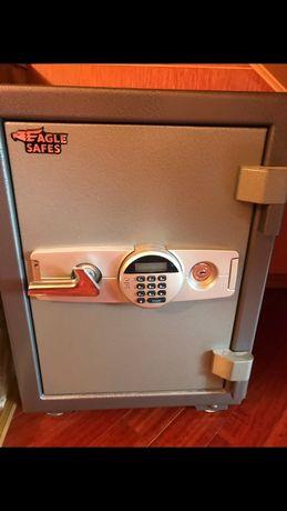 Аварийное открытие замков сейфов, авто, дверей. Вскрытие, ремонт