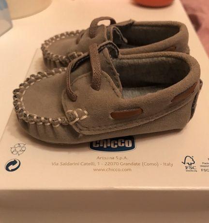Sapatos Bebé Chico