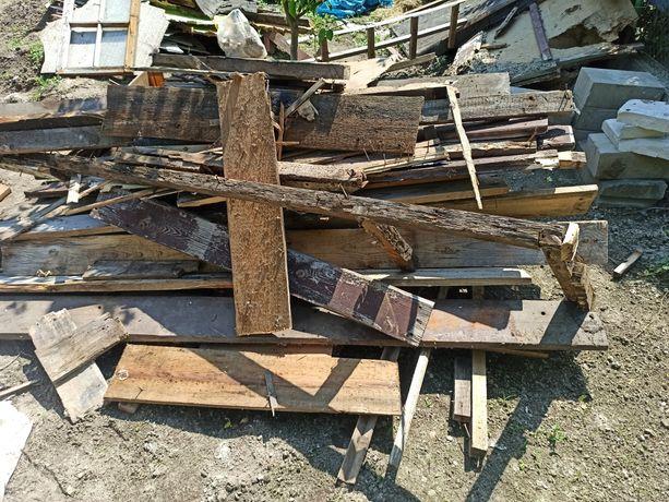 Oddam drewno i deski z rozbiórki