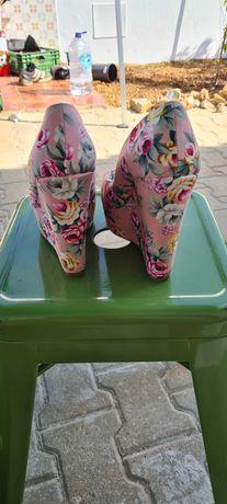 Sapatos como novos