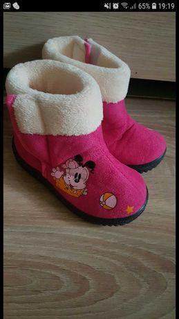 Buty zimowe dziewczęce. Kozaki