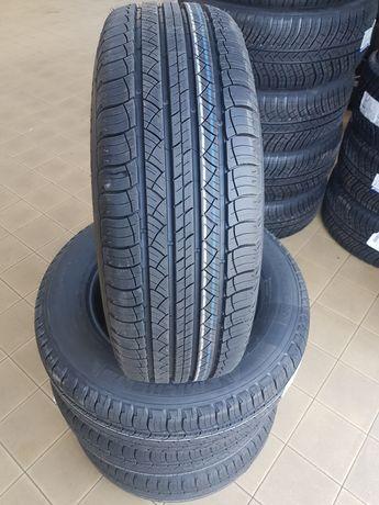 Michelin Latitude Tour HP 215/65 R16