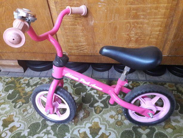 rower biegowy Chicco Pink Arrow, bardzo lekki