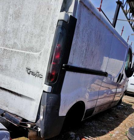 Renault Trafic II 1.9 DCI 100 KM 74KW części kod lakieru OD31, drzwi