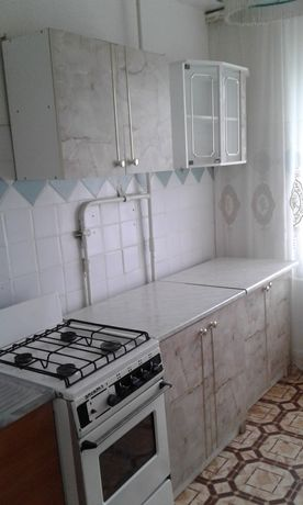 3комн квартира улица Домбровского