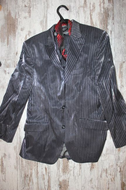 Костюм пиджак брюки 44-46 размер с отливом
