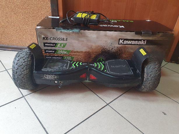 Kawasaki KX-CROSS8.5 - terenowa deskorolka elektryczna