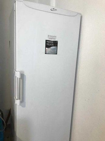 Arca congeladora vertical 7 gavetas