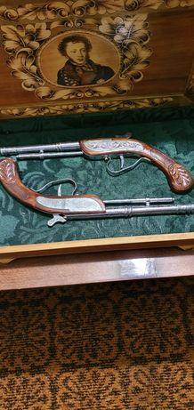 Сувенирные  пистолеты ,для коллекционеров.