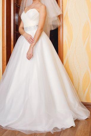 Платье свадебное 42 р-р.