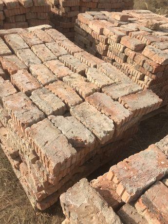 Дорожные плиты,плиты перекрытия,кирпич,фундаментные Блоки