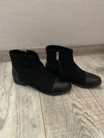 Продам ботиночки деми