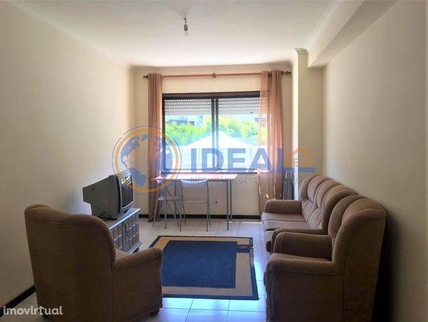 Apartamento T1 + 1 - São João da Madeira, Aveiro