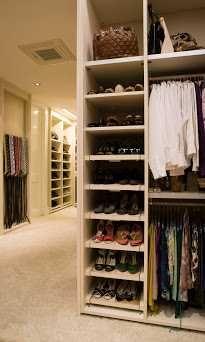 Closets & Roupeiros personalizados com PAIXÃO e ao seu estilo.