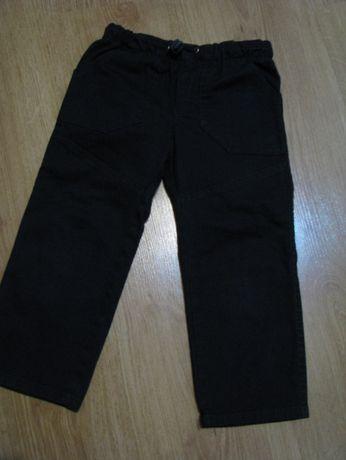 Spodnie czarne rozm.92 jak nowe