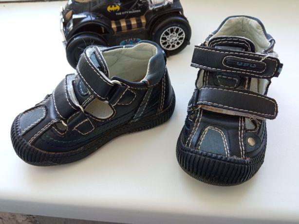Босоножки КОЖА сандали босоніжки ботики UFO хлопчику 20 р. 13 см