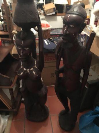 Estátuas Pau Preto