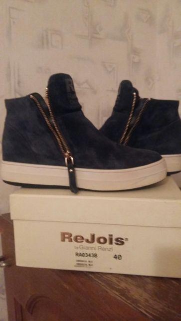 Женские итальянские  ботинки Rejois