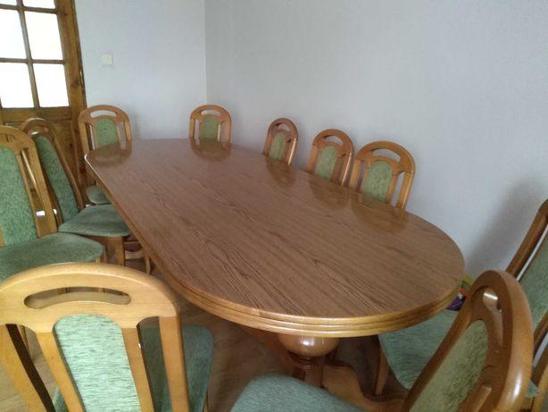 Sprzedam duży stół i krzesla