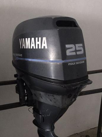 Лодочный мотор Yamaha 25л.с. четврехтактный Ямаха