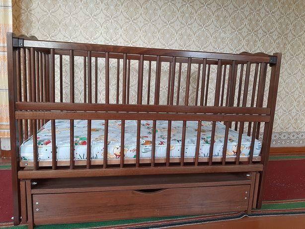 Кроватка МРІЯ № 4 (Веселка) на шарнирах с откидным боком и ящиком