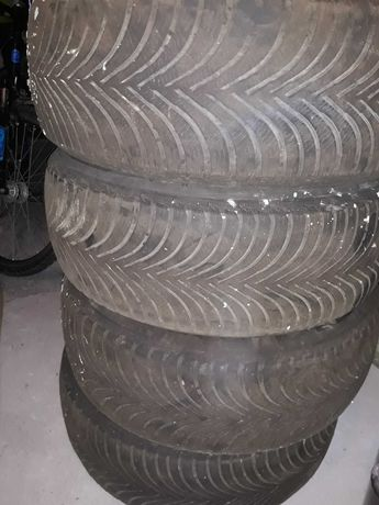 Зимова резина Michelin 215/60/R16