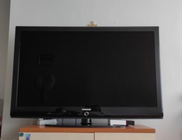 Telewizor  52 cale