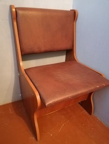 Кухонное кресло