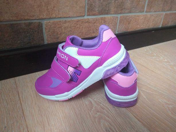 Светящиеся кроссовки для девочки с подсветкой мигалками размер 28-30