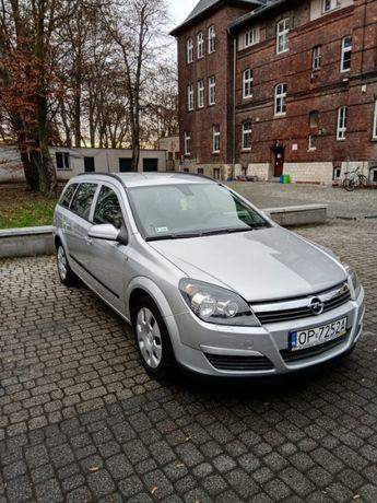 Opel Astra H benzyna 1,6 klima 2005