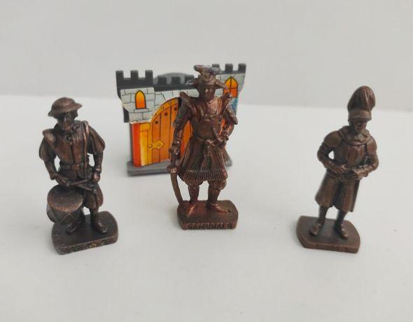 Солдаты металлические фигурки 5-6 см