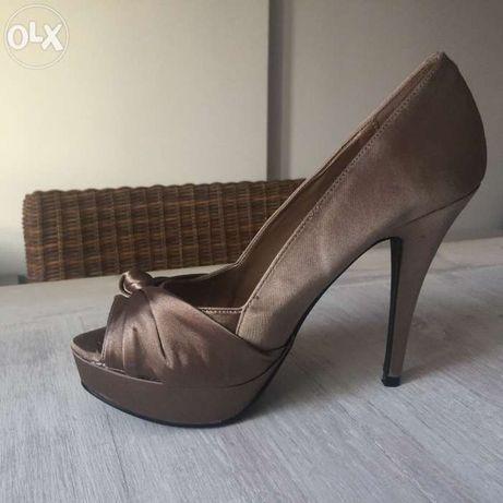 Sapatos cetim Bronze salto alto NOVOS