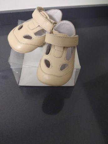 Sapato CHicco tamanho 16